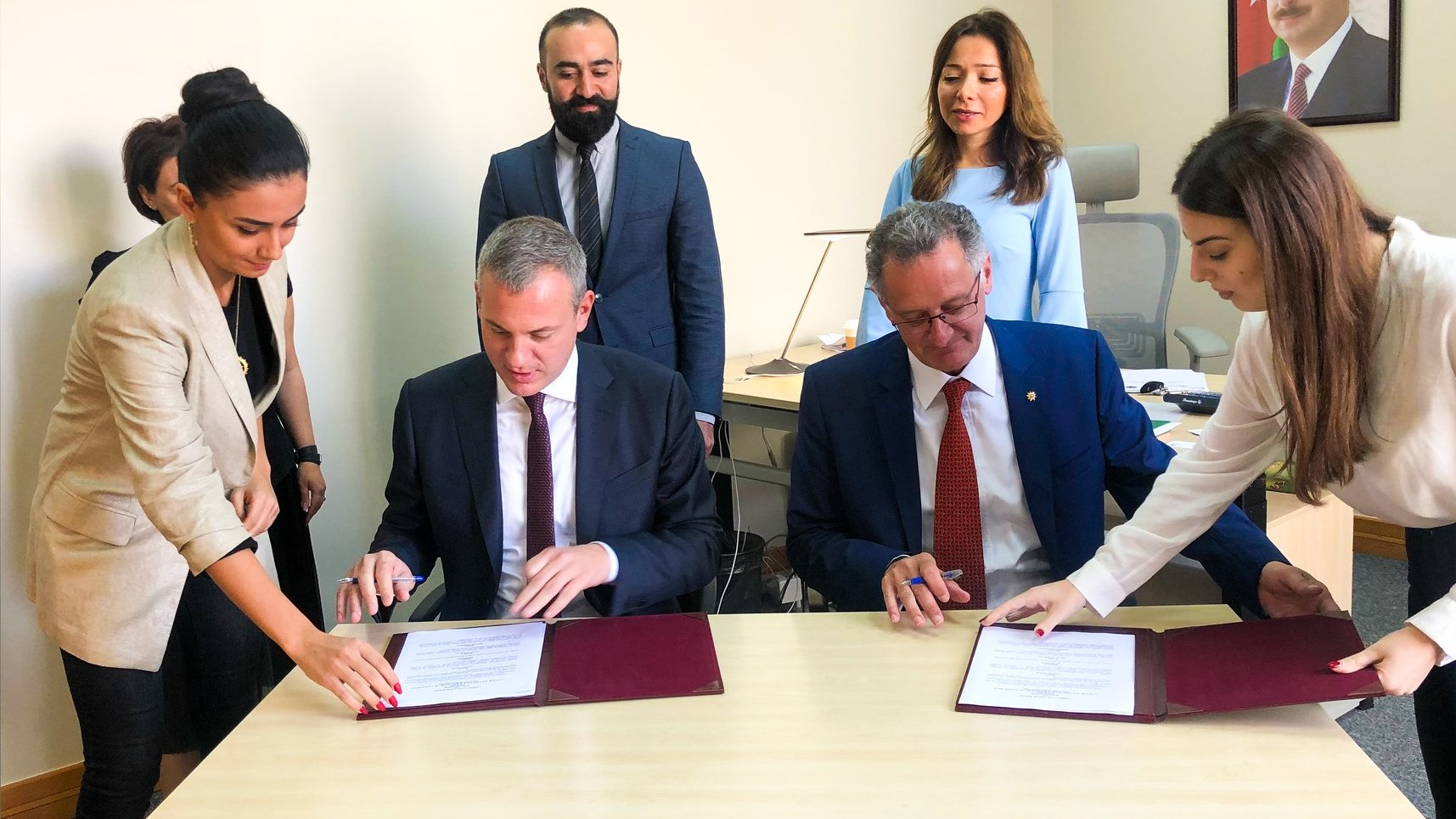 Azərbaycan Turizm Bürosu və İsveçrə Turizm təşkilatı arasında memorandum imzalanıb